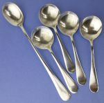 Silverplate 4 cream soup & 1 iced tea spoons restaurant ware
