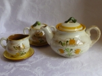 Stangl Yellow Tulip Teapot set sugar & creamer